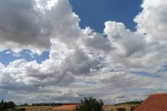 Cumulus mediocris + Stratocumulus stratiformis
