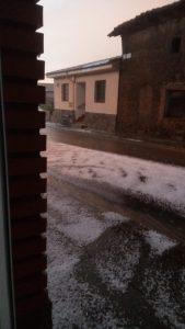 Calle con granizo